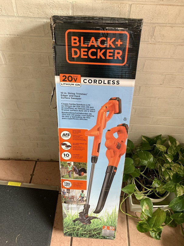 Cordless Weed String Trimmer and Leaf Blower Kit