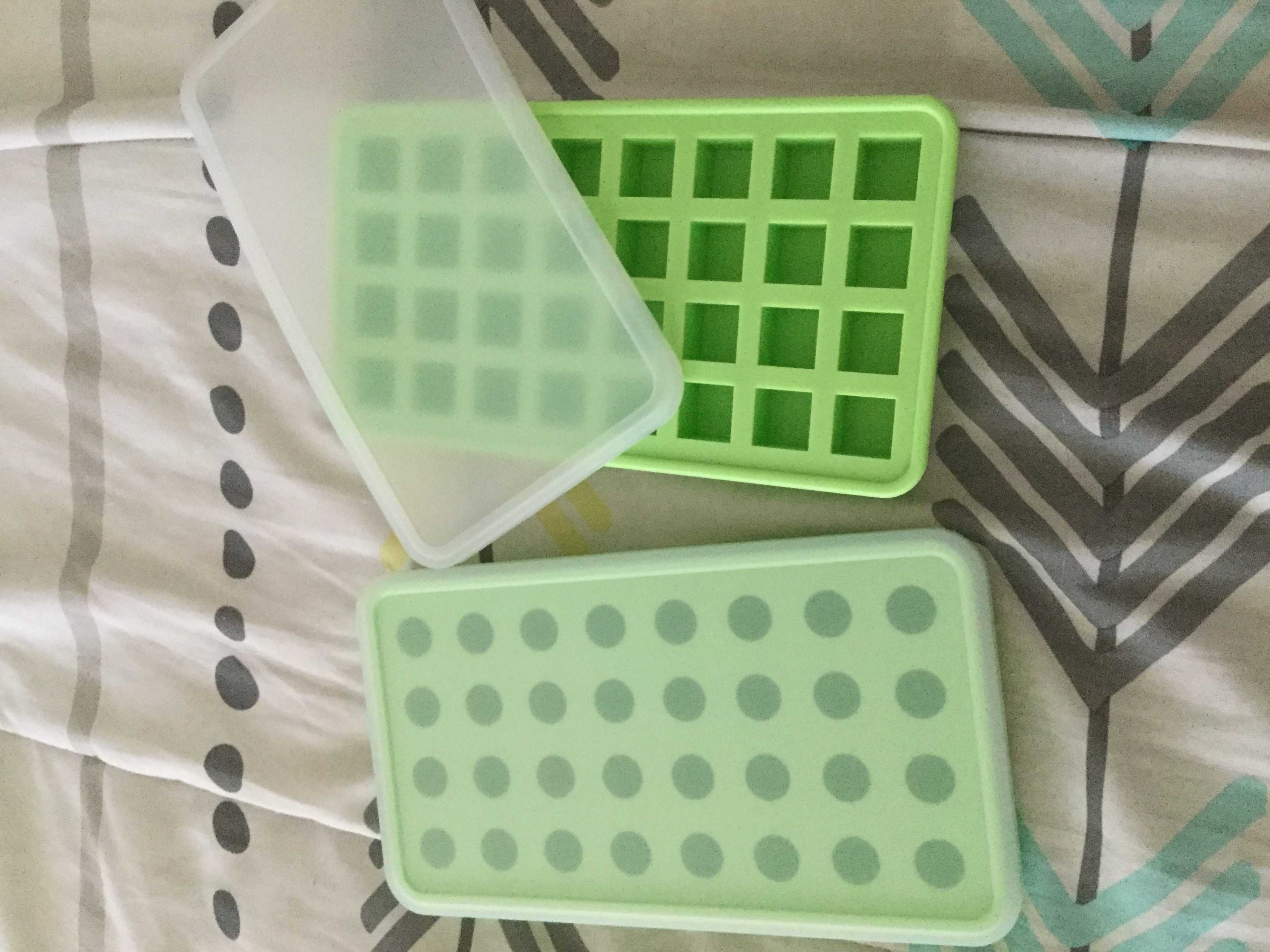 Great molds or ice trays