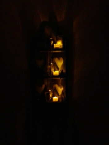 Safely illuminates small nooks and crannies,and works whereverflames can't go.