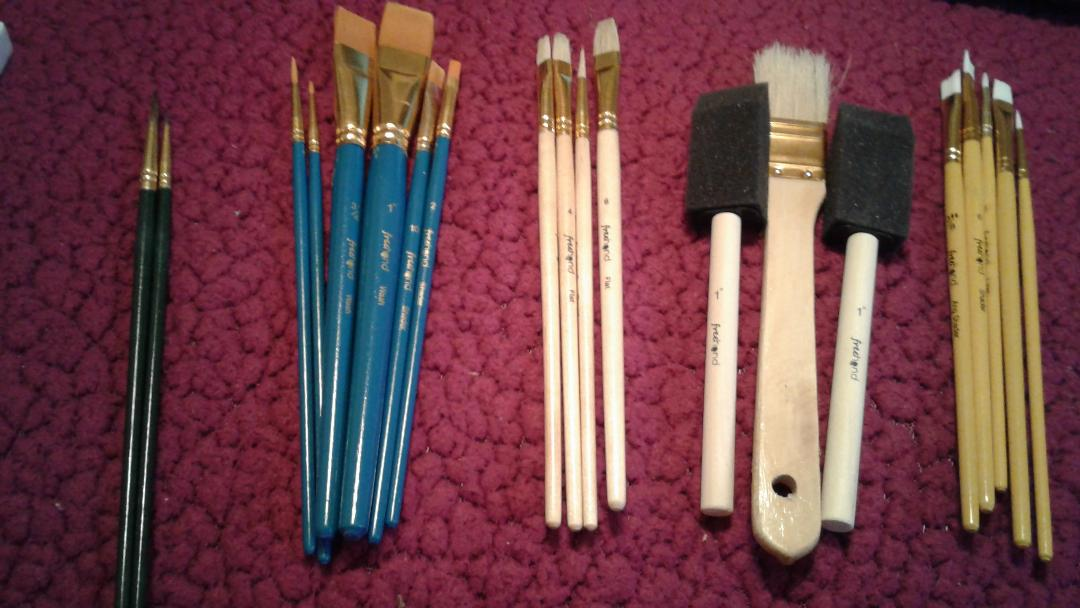 25 brushes set for oil painting and canvas and acrylic