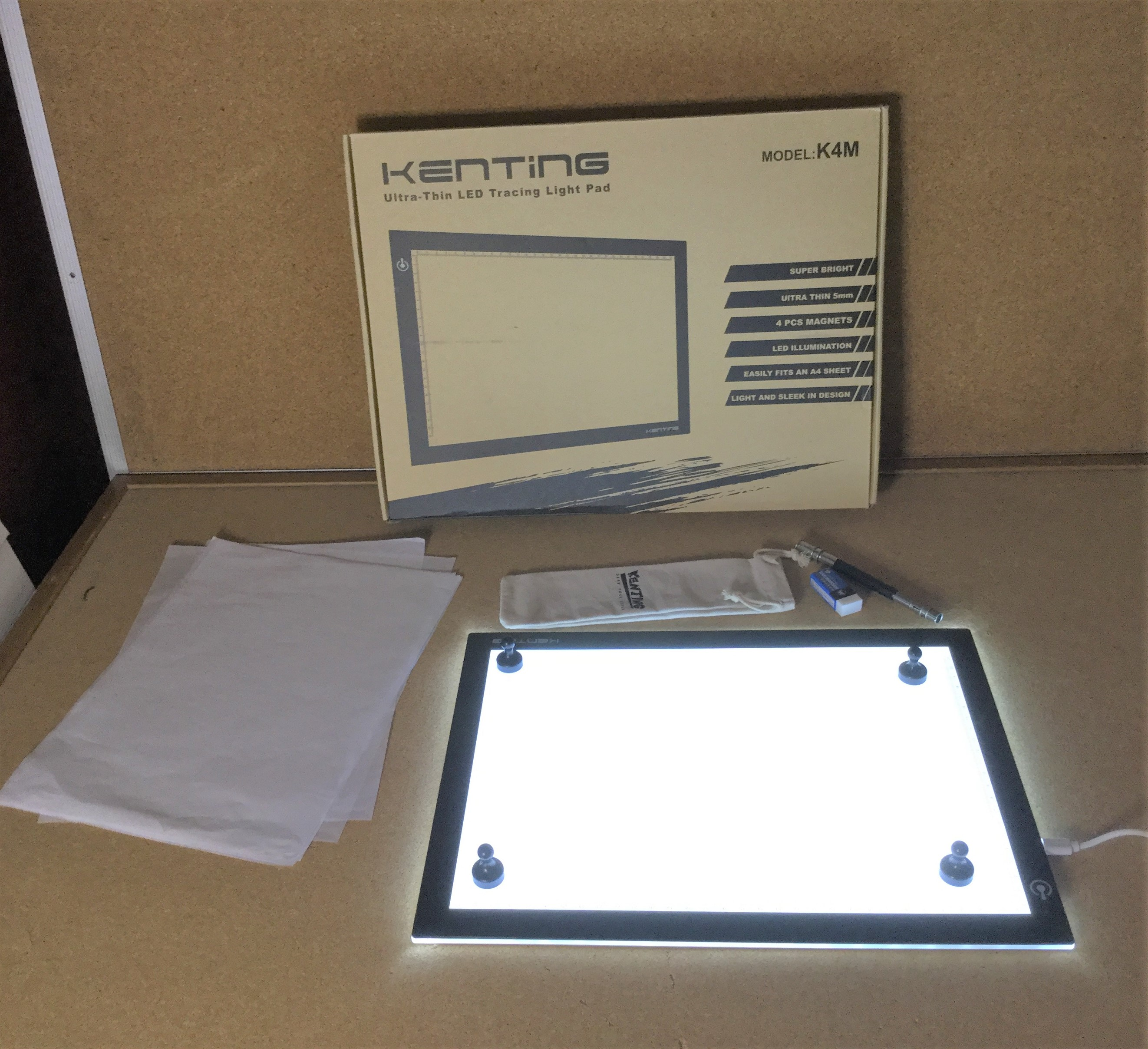 lightweight and portable LED tracing light