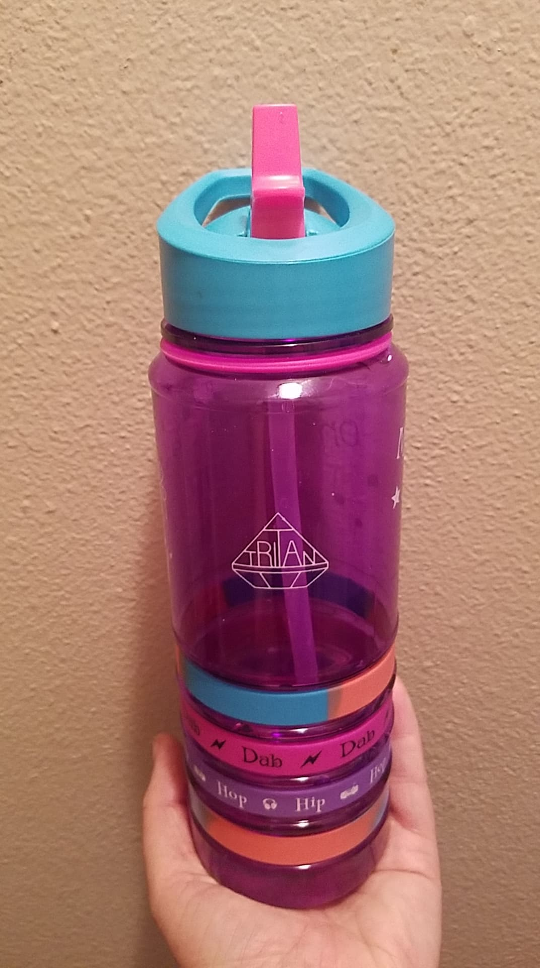 Love the cute Design and Bottle works Perfect