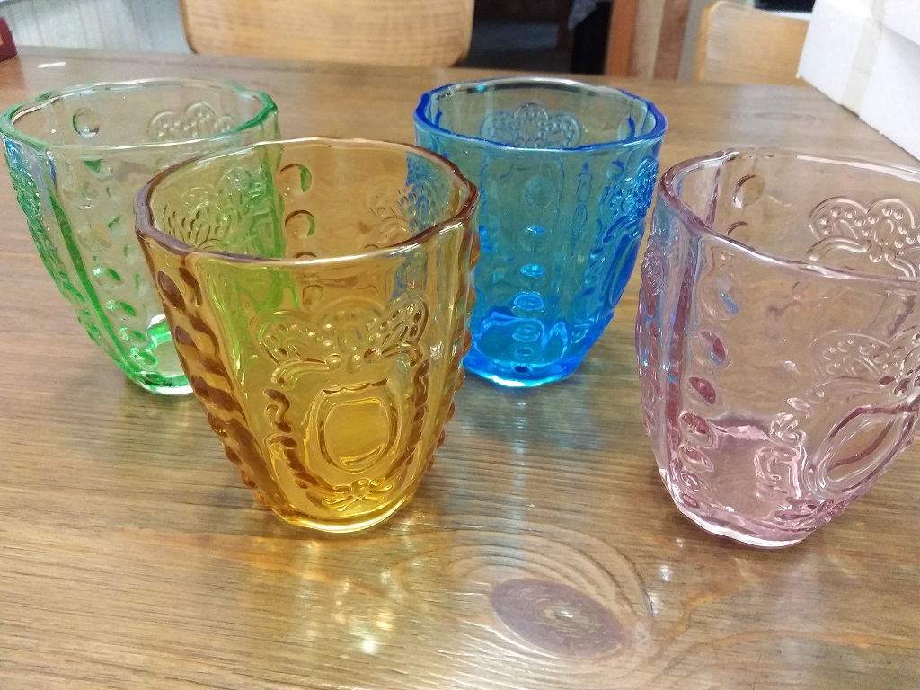 Beautiful and thick drinking glasses