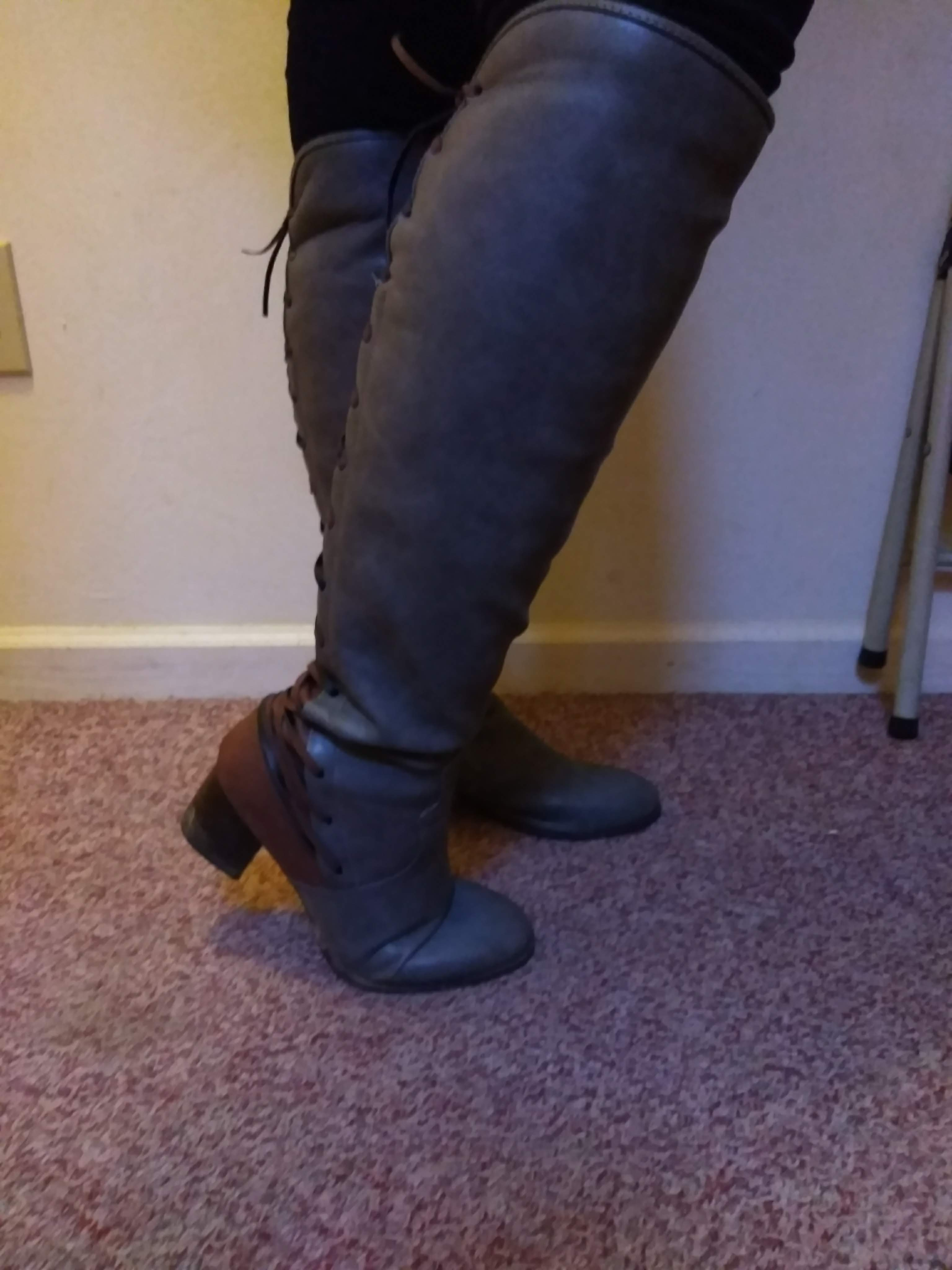 Comfortable and Fashionable Boots
