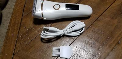 Nice electric razor - works great
