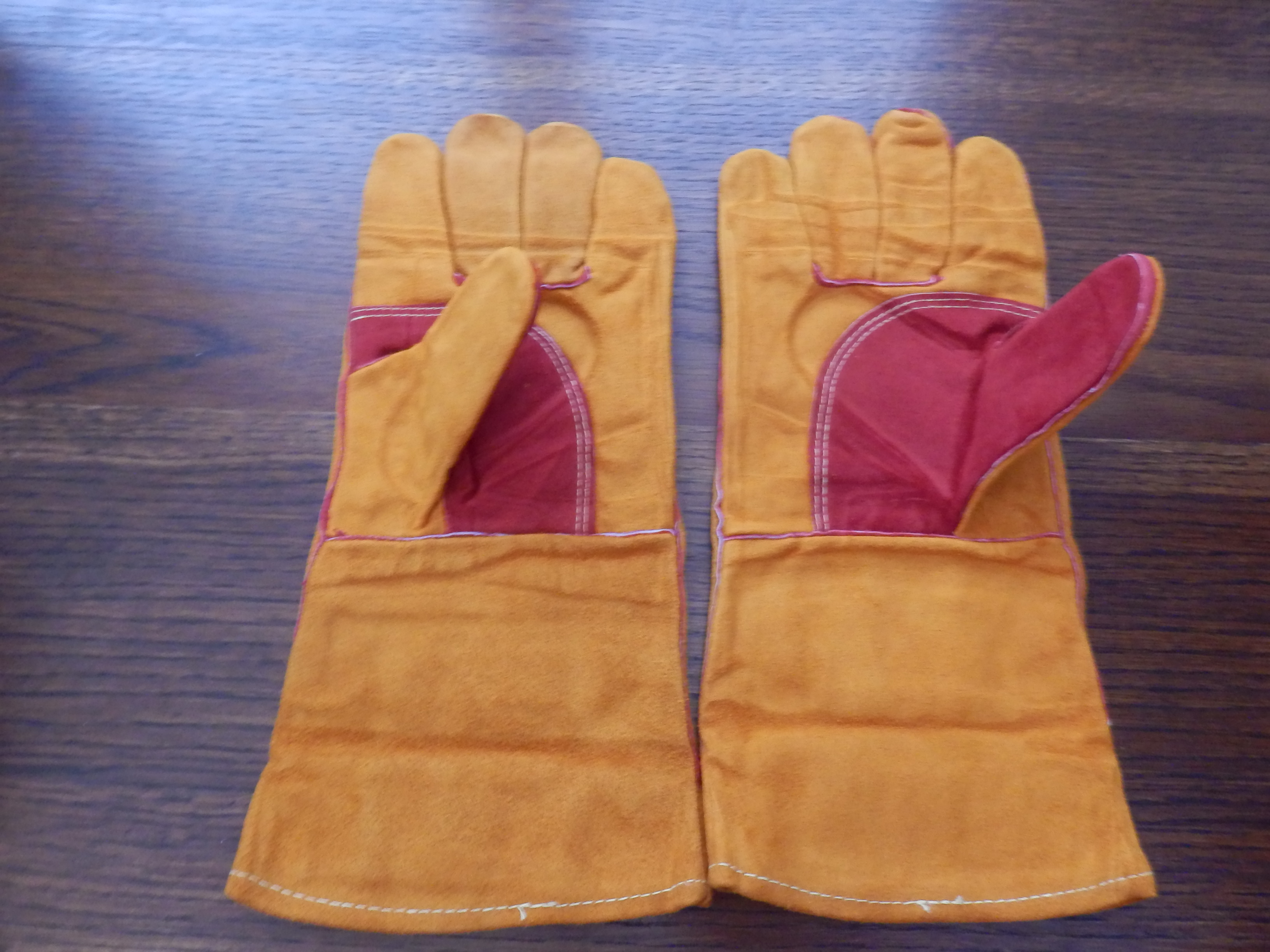Cowhide Leather Reinforced and Protective Gardening Gloves by Gateway
