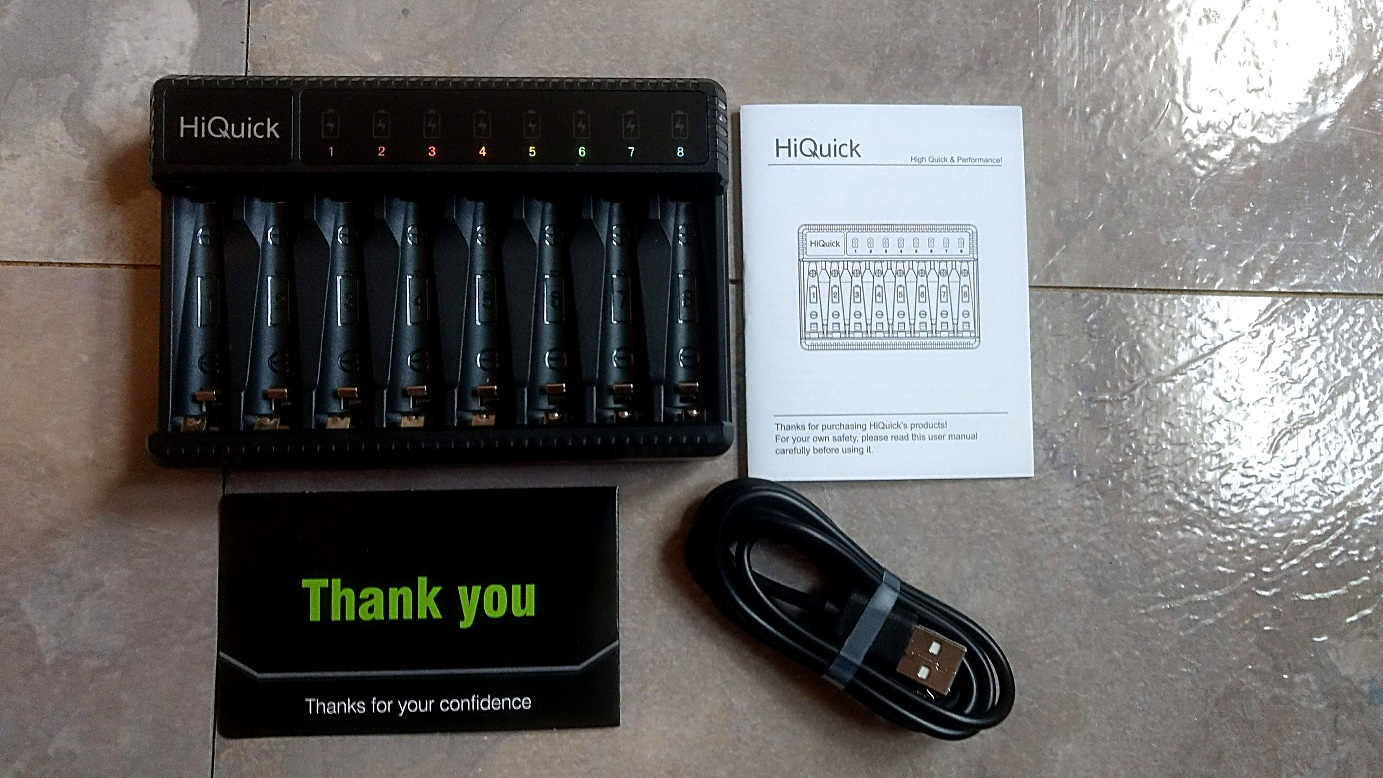 HiQuick 8-Bay Battery Charger