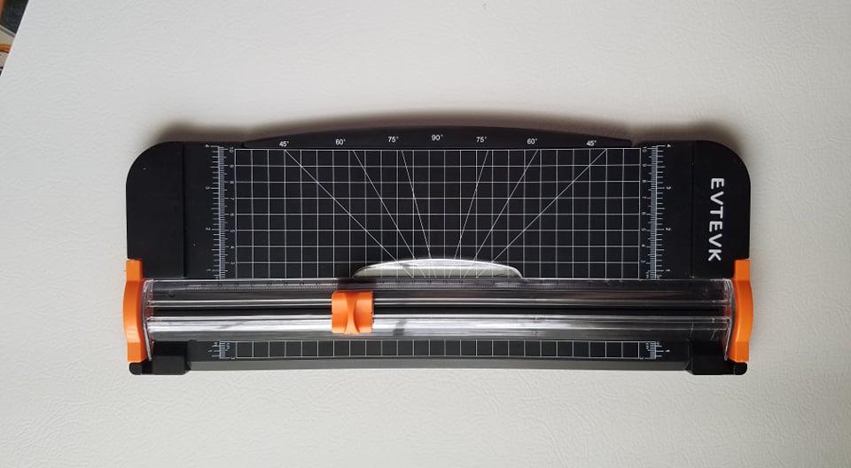 Great paper cutter!