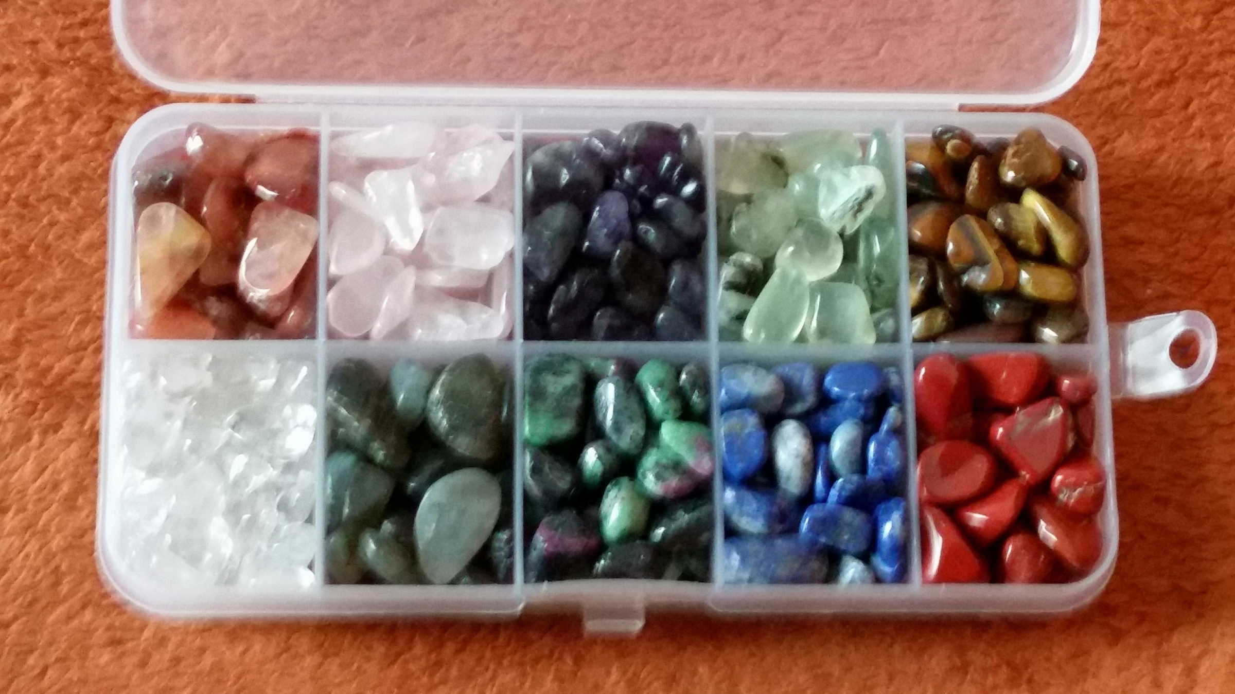 Gorgeous natural stones, 10 different kinds, 10 to 20 of each type, comes with storage case with dividers to keep rocks separate, high quality & smooth!