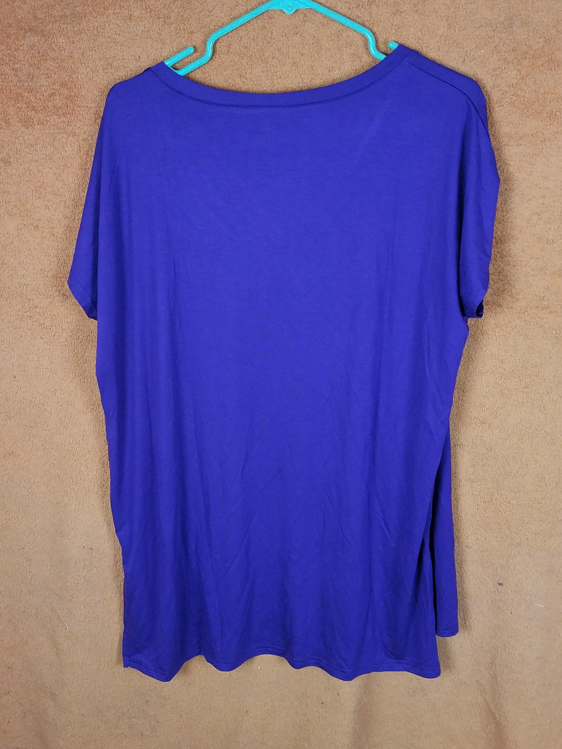 Divine deep shade of purple, cute V-neck, short sleeves, perfect for upcoming Spring & Summer weather, stay cool, comfy, & casual!