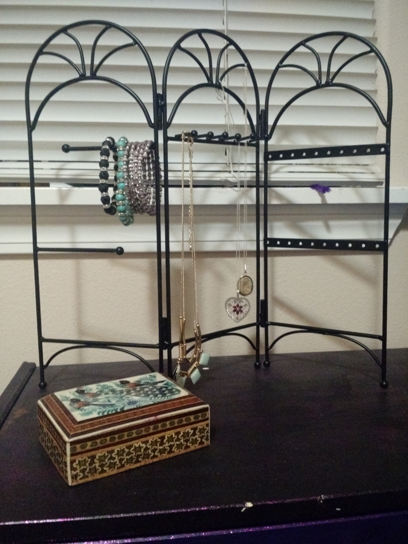 Nice jewelry rack