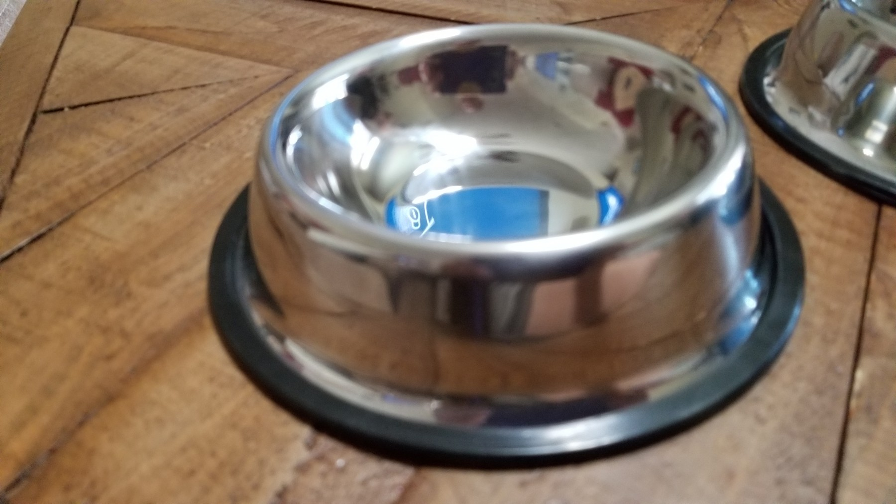 Nice bowls, but small wells - good for small dogs/cats