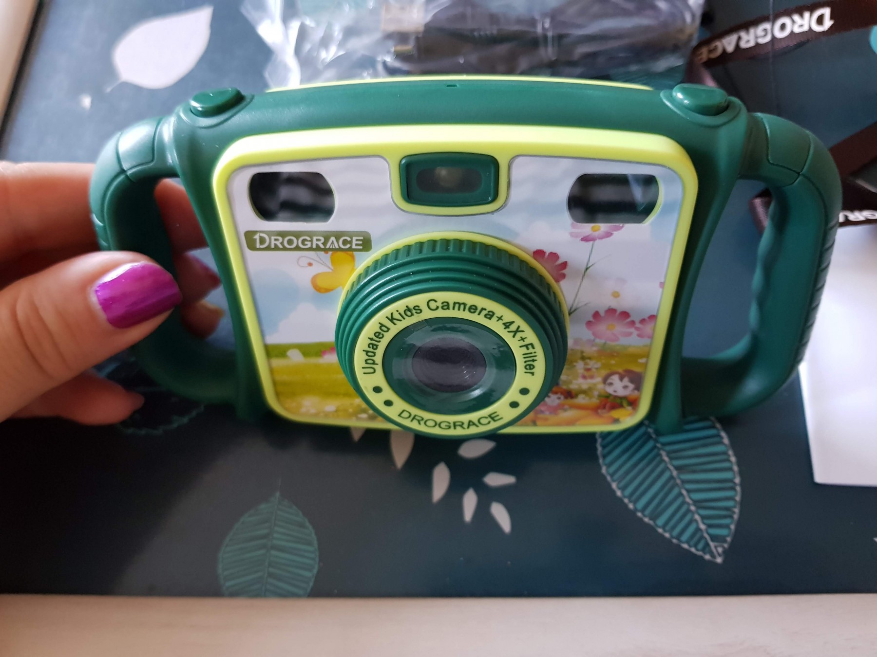 A good proper camera for children!