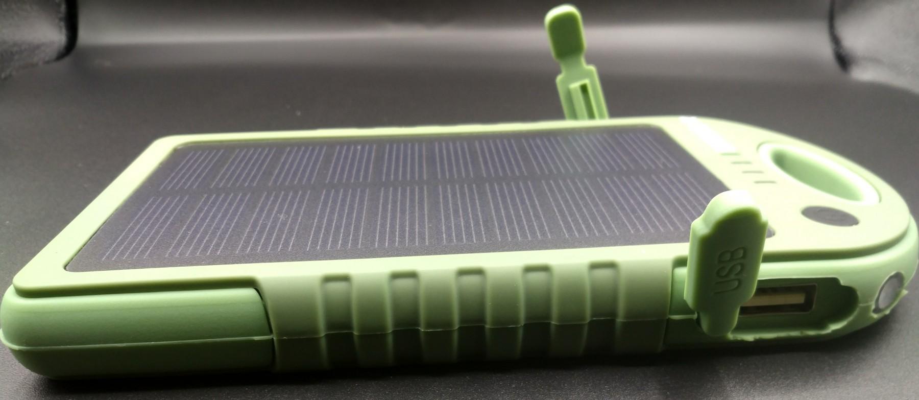 Batterie externe 12000mah solaire