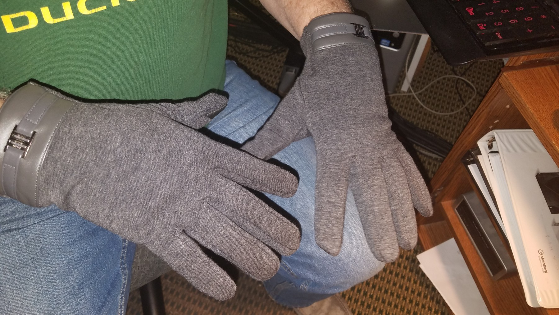 Affordable Casual Gloves