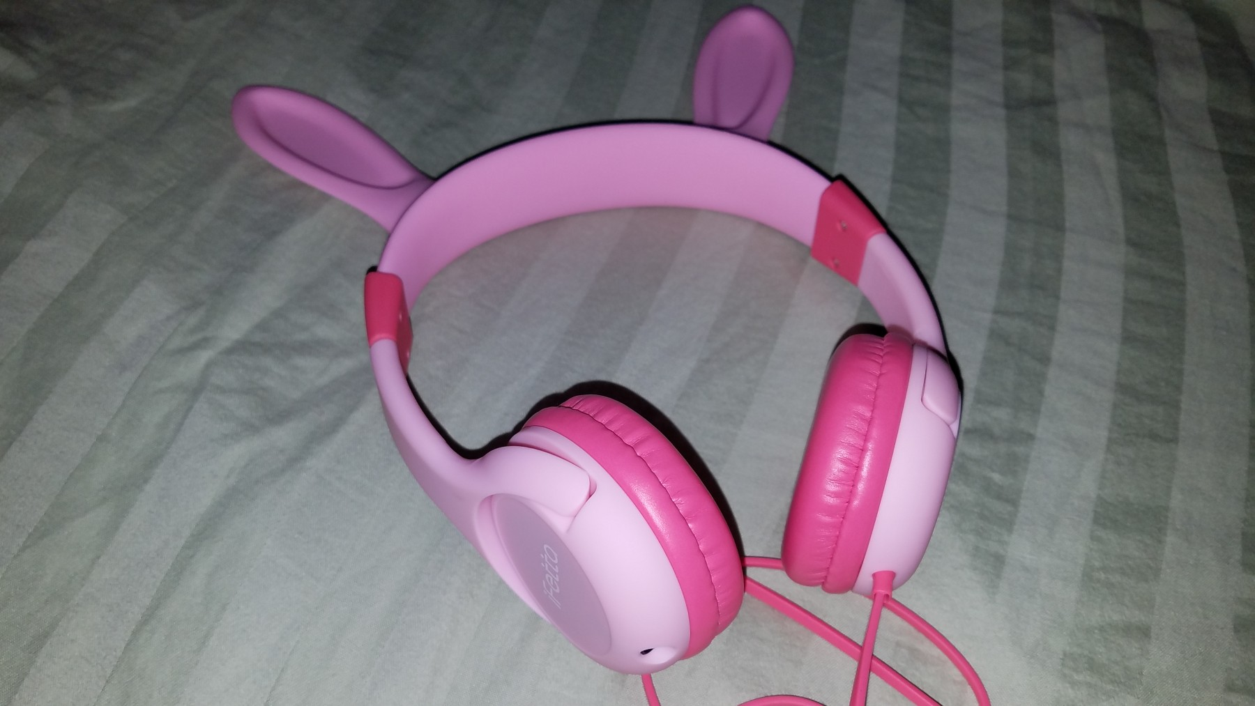 Bunny ears headphone for kids