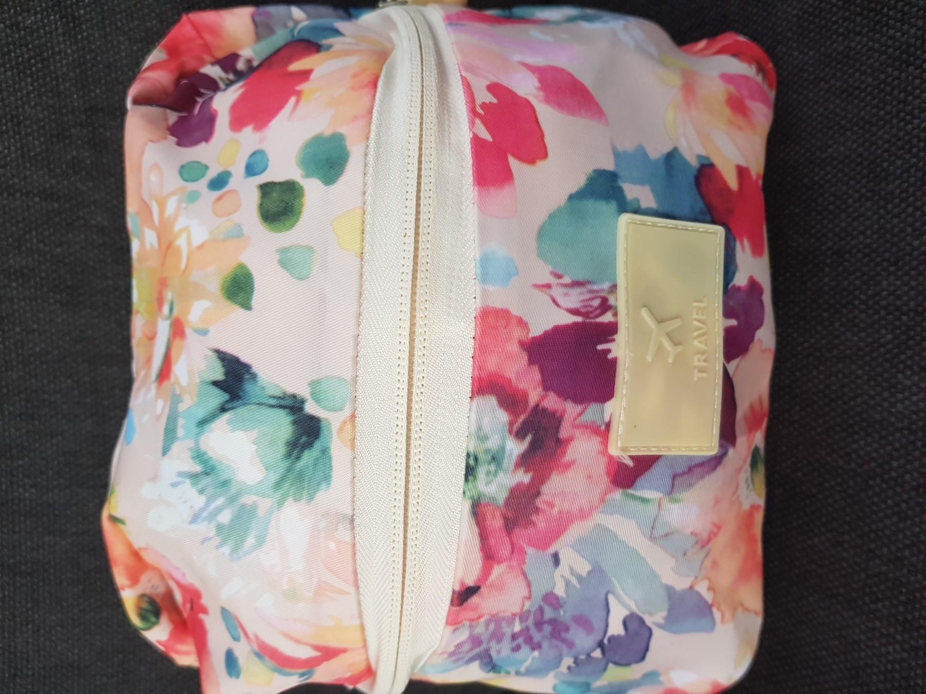 Tolle geräumige Tasche