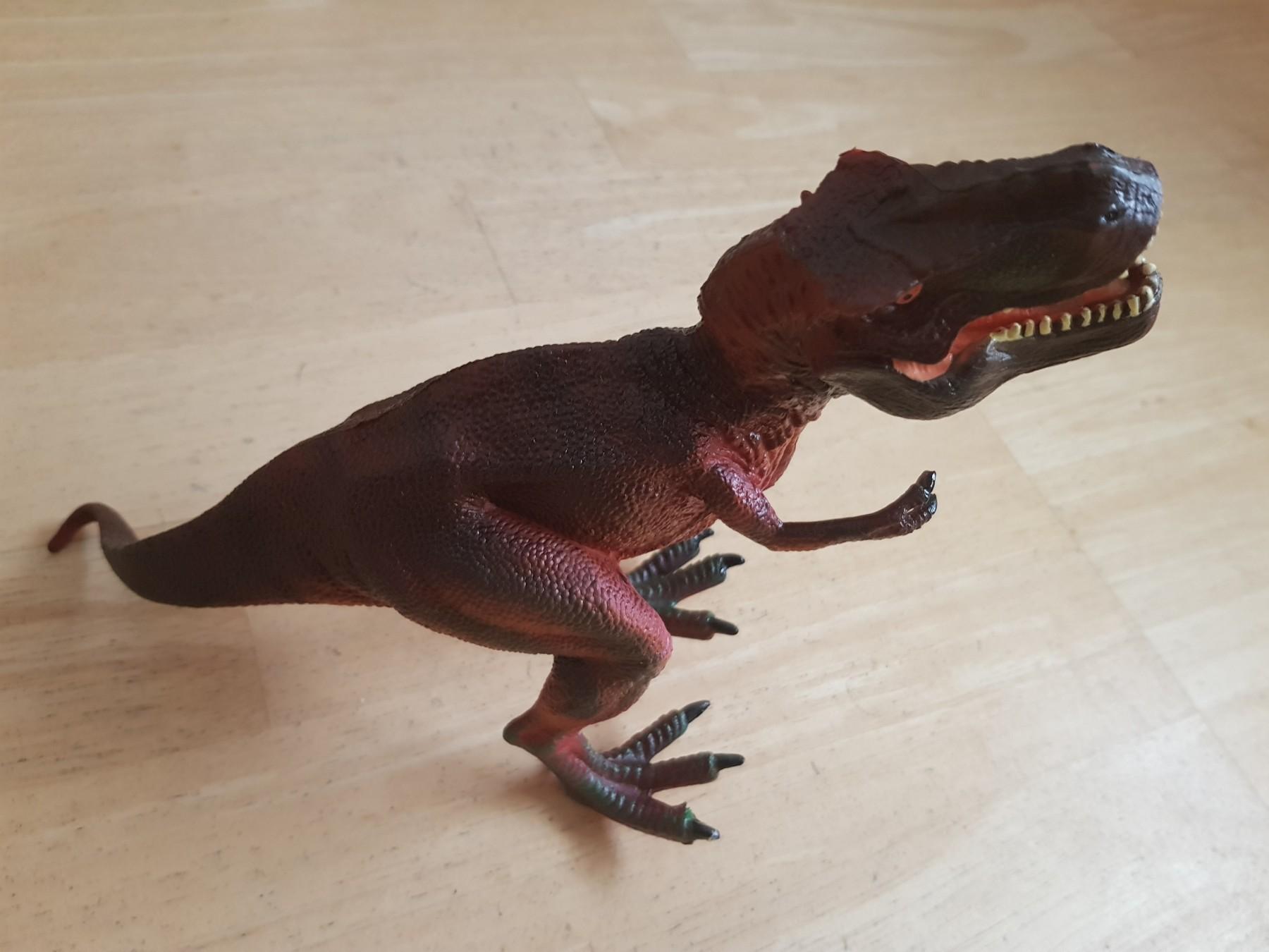 Schöner Dino mit kleinem Manko