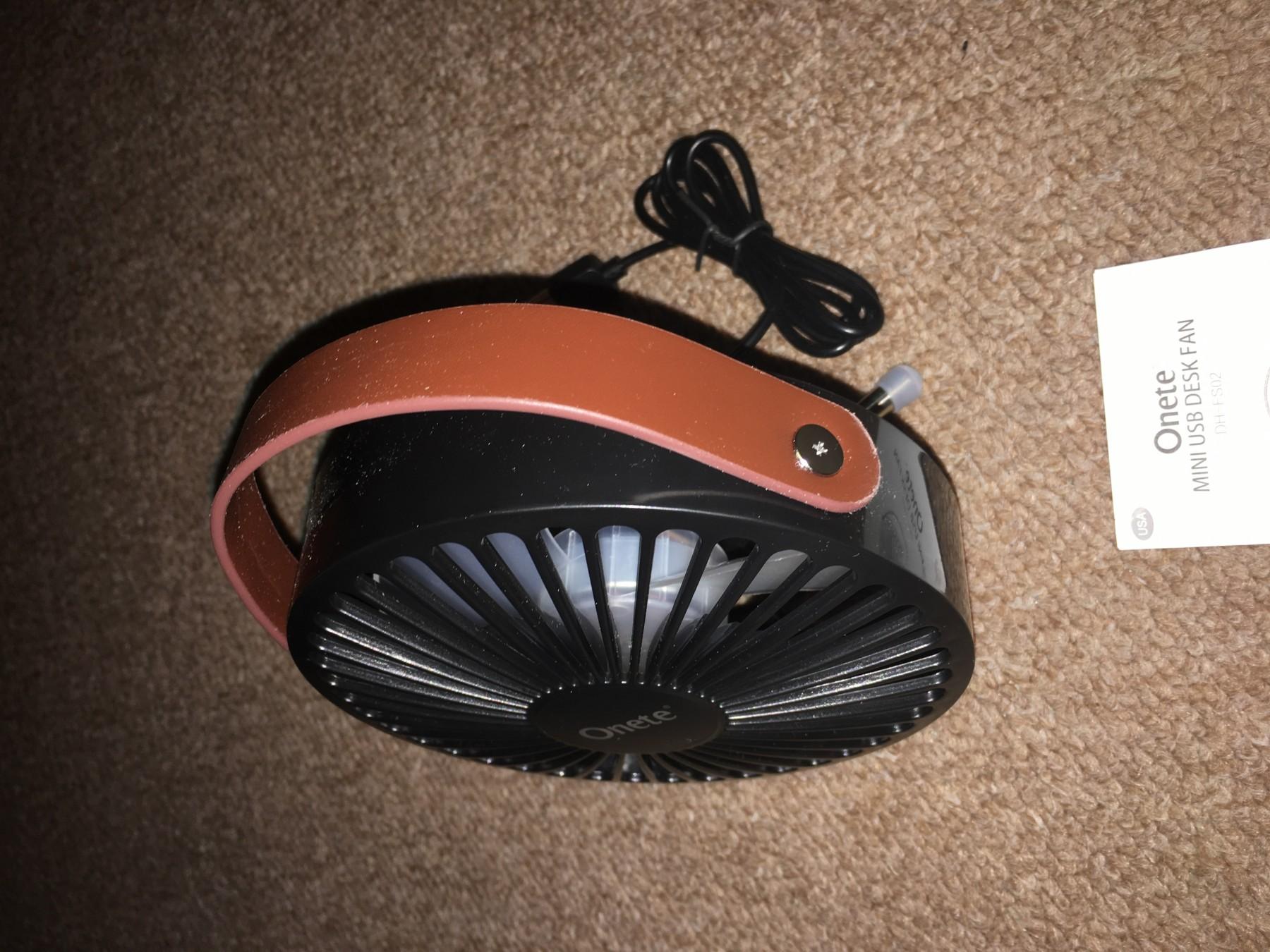Verry portable mini fan