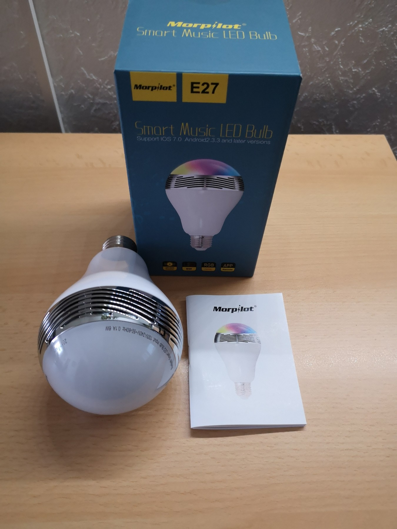 Sehr gute LED Birne mit Abstrichen beim Lautsprecher