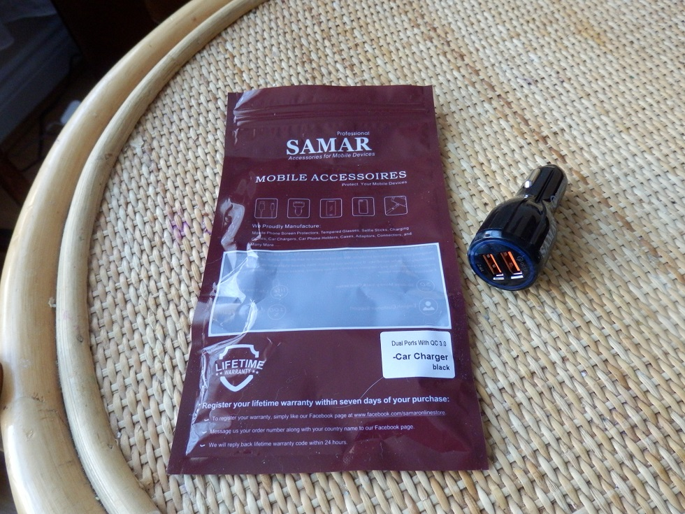 Samar car charger with Smart QC 3.0 and Smart Technology for a fast charge