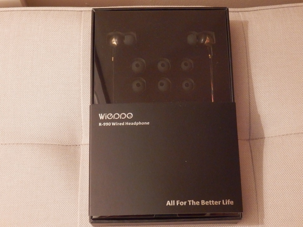 Wired Earphones, Metal Stereo Earbuds, Enhanced Bass, Noise Isolating by Wieppo