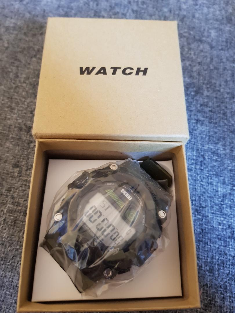 Robust watch for older boys.