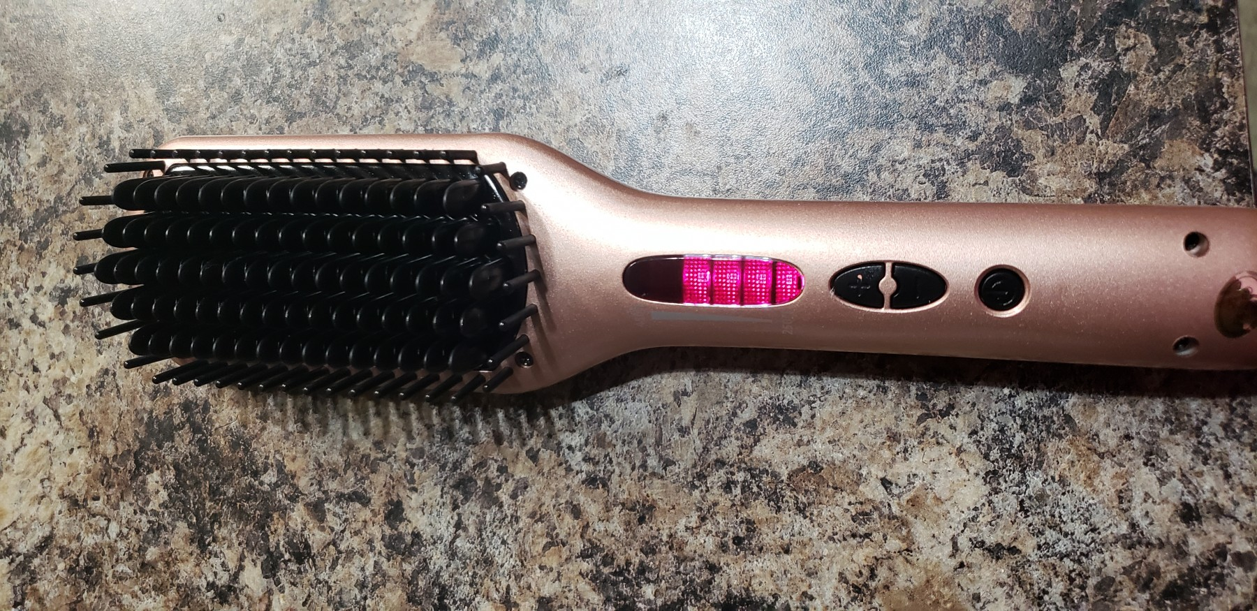 The best Straightening Brush I've tested so far!
