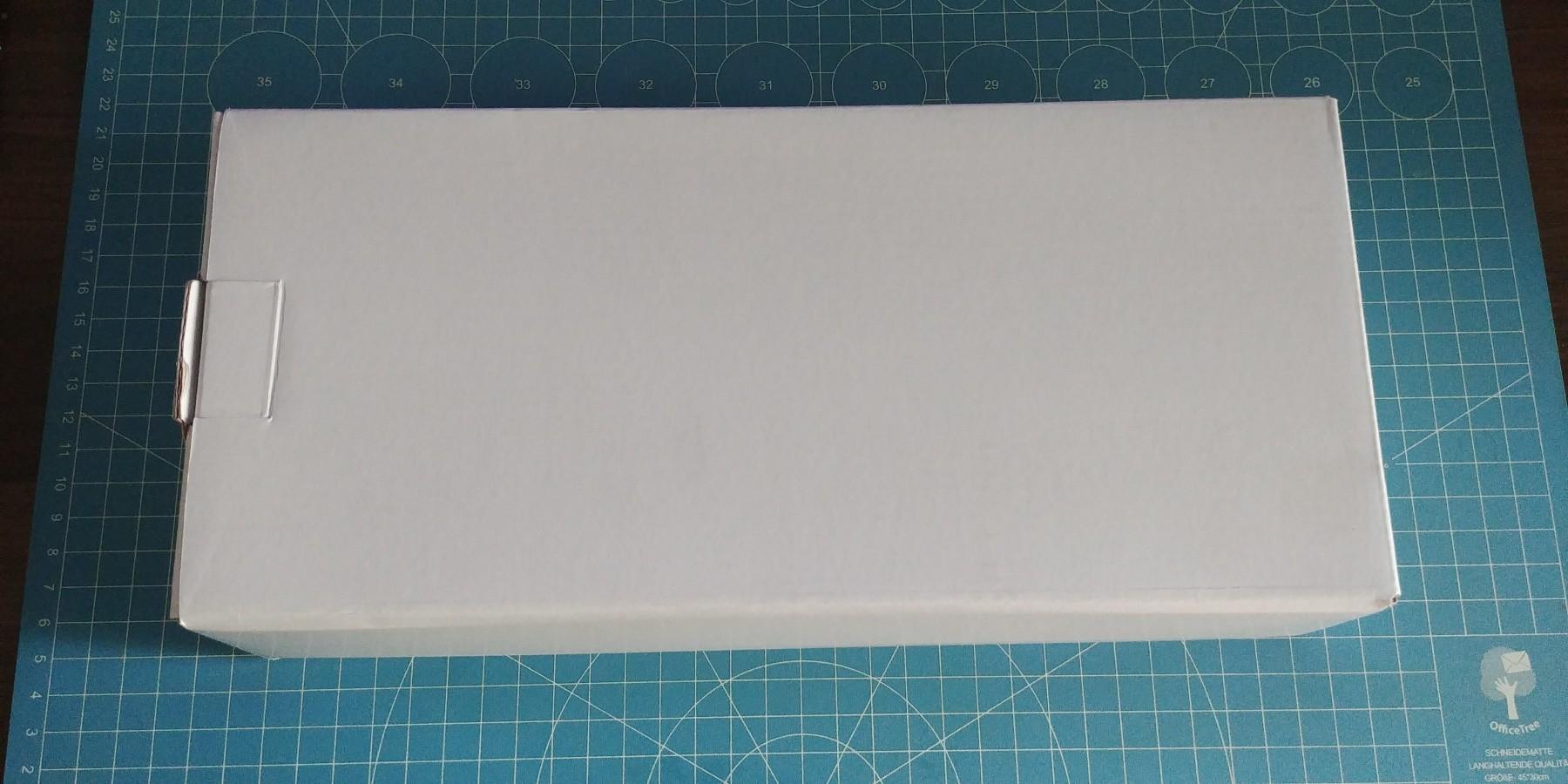 Lot de deux rouleaux de sacs sous vide (28x500 cm).