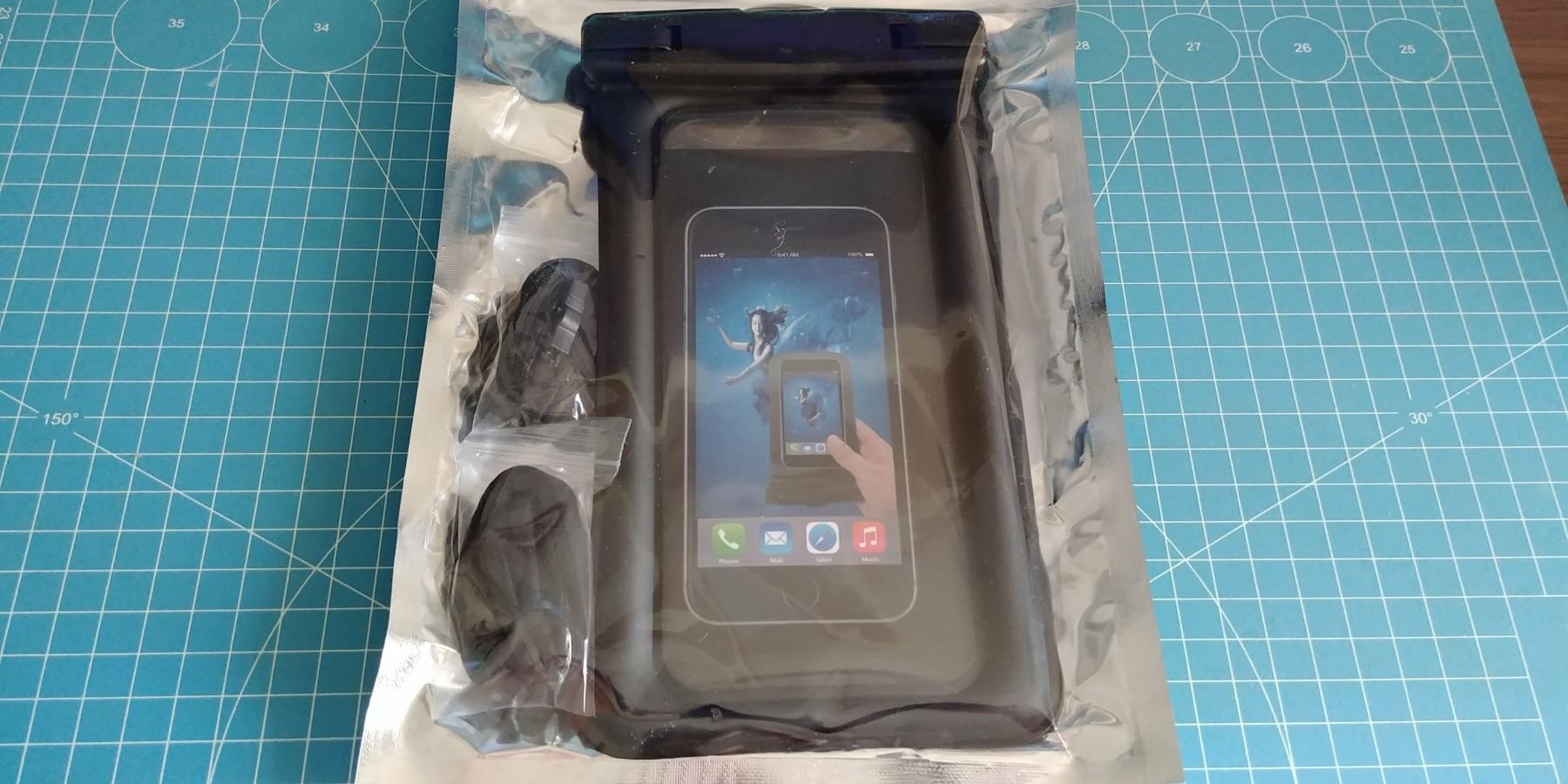 Pochette étanche pour smartphone.