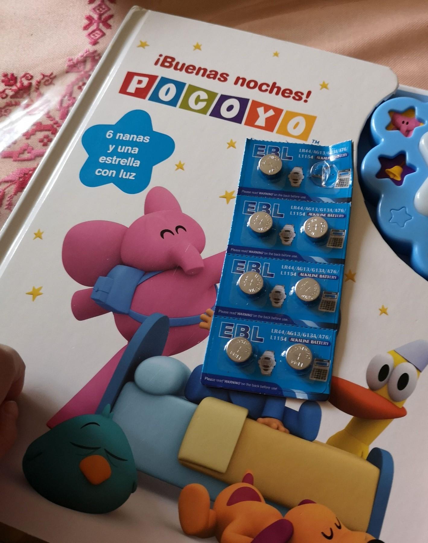 Muchas pilas de botón a precio muy asequible