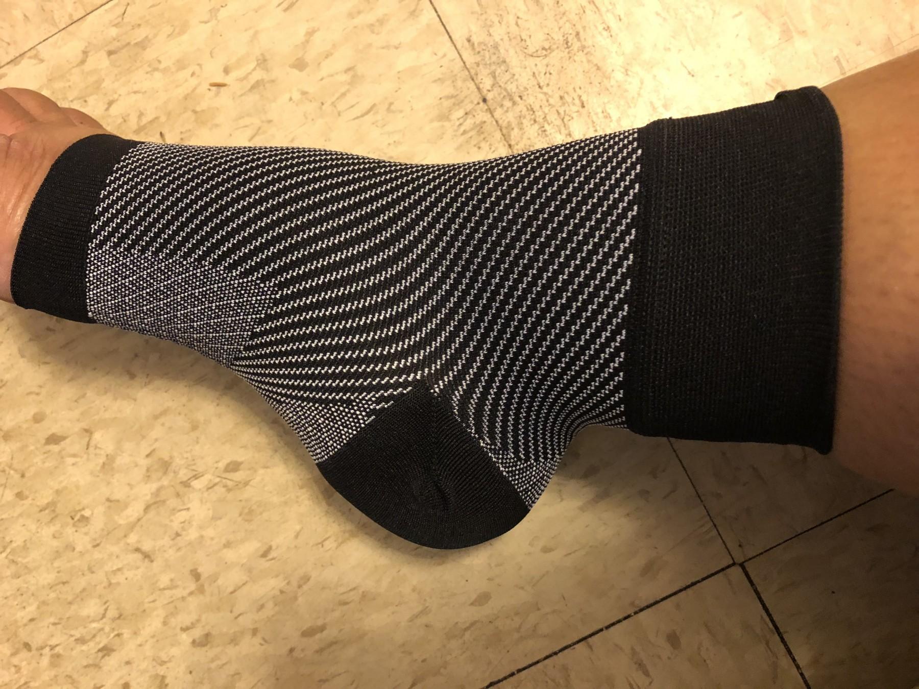 Bellamy I Plantar Fasciitis Socks for Men & Women