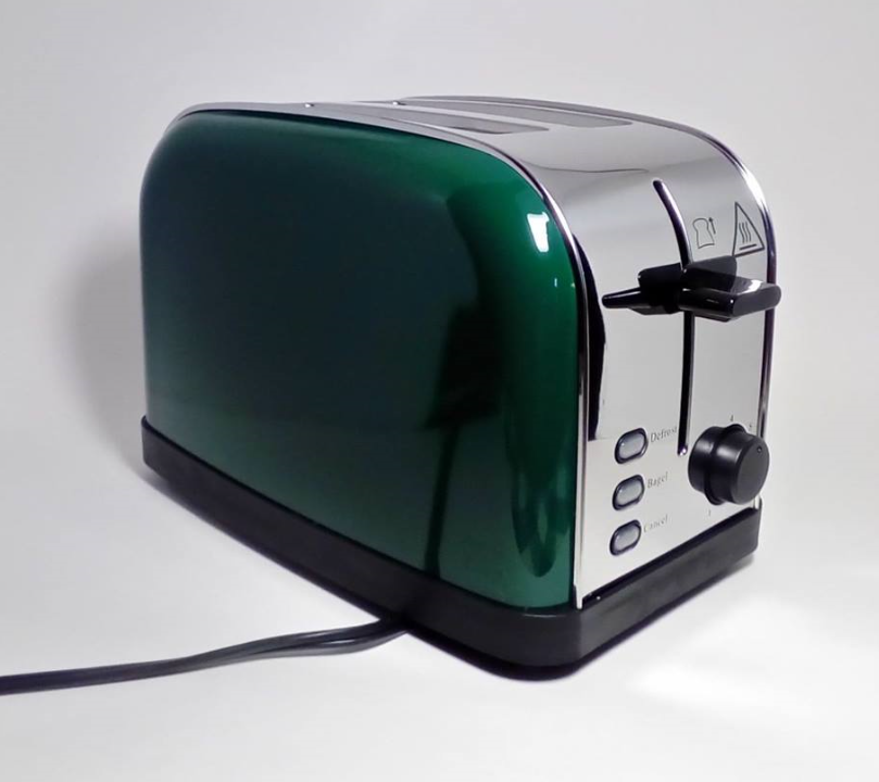 Love the green color and makes great toast!
