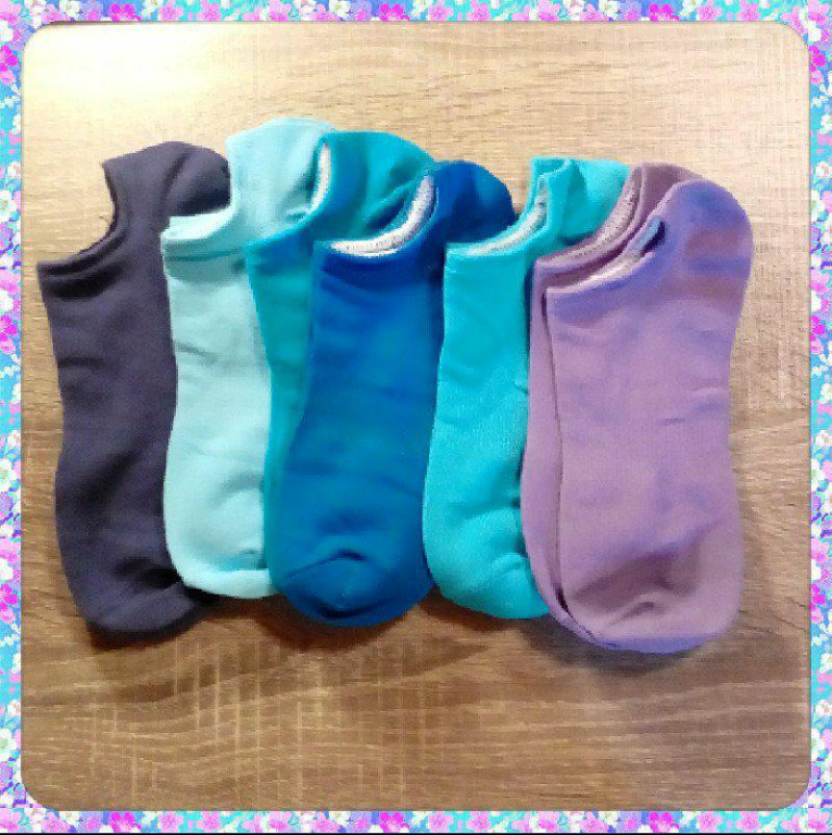 Soft, comfortable and lightweight socks!