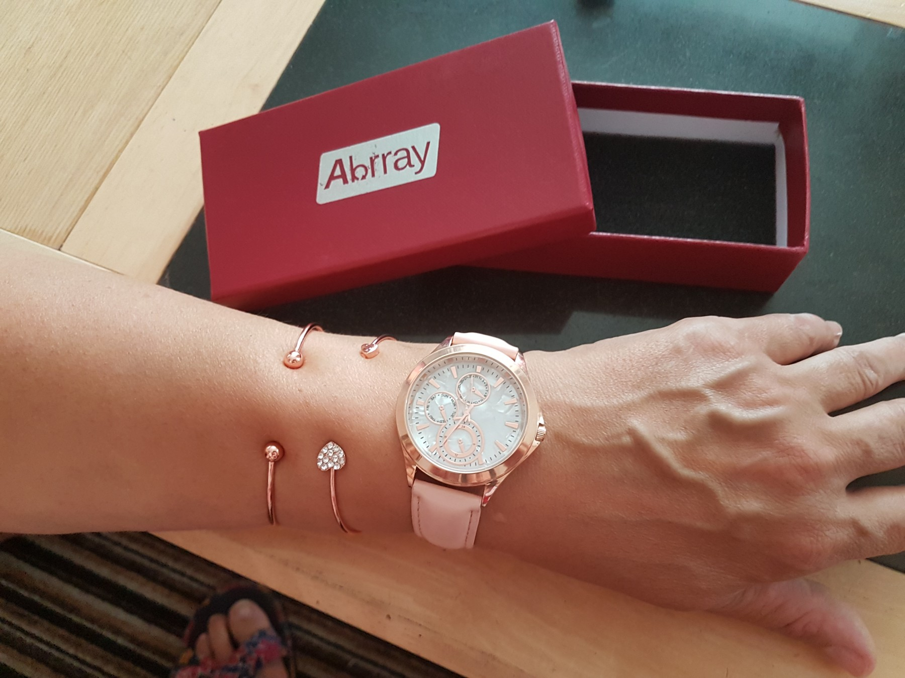 Abrray Womans Watches