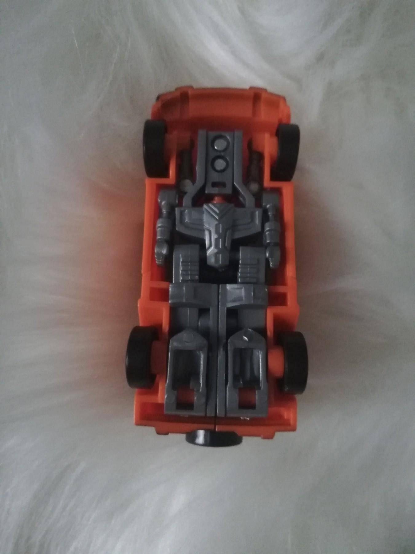 robot miniature