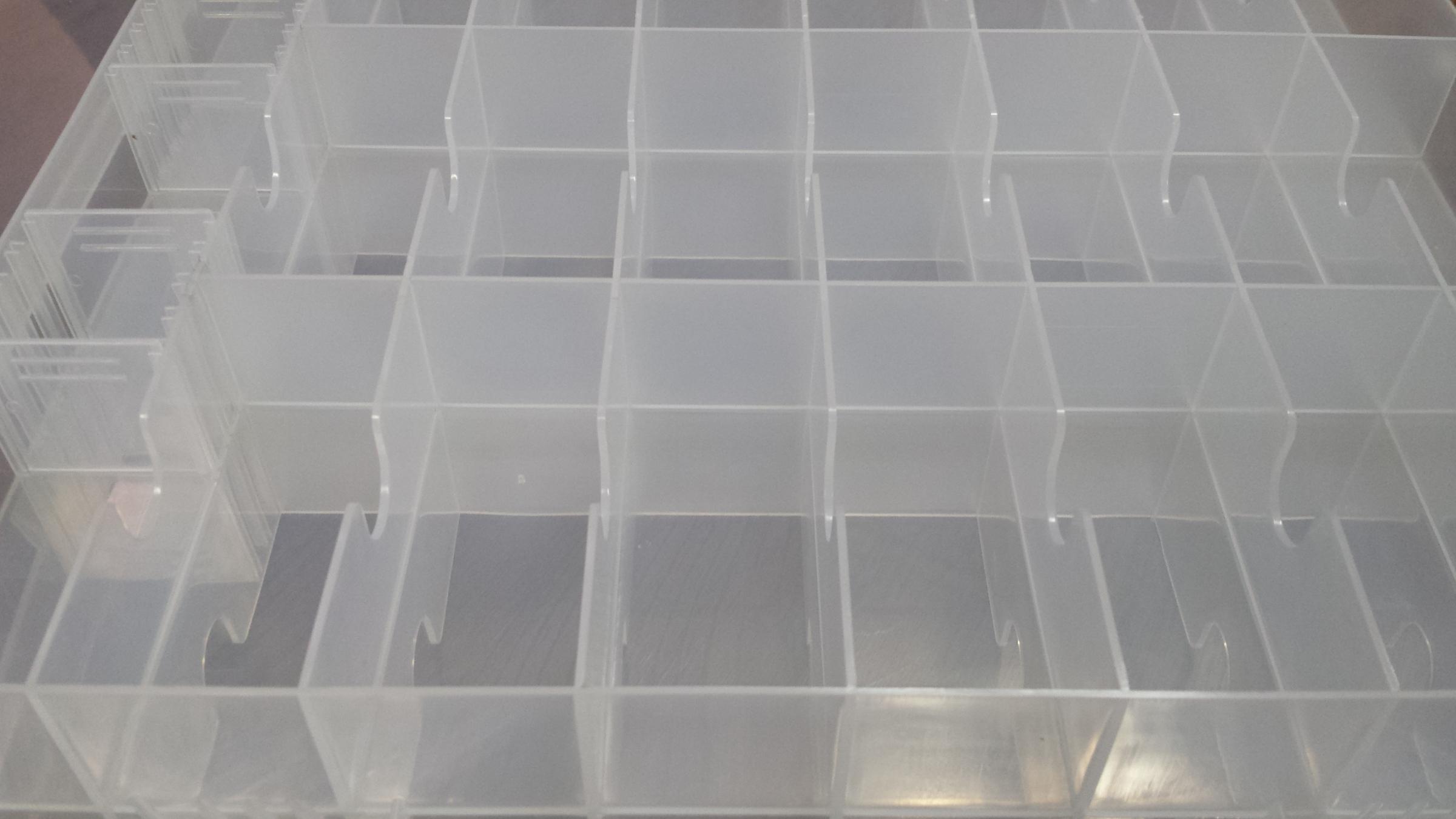 Fantastic storage box with handle