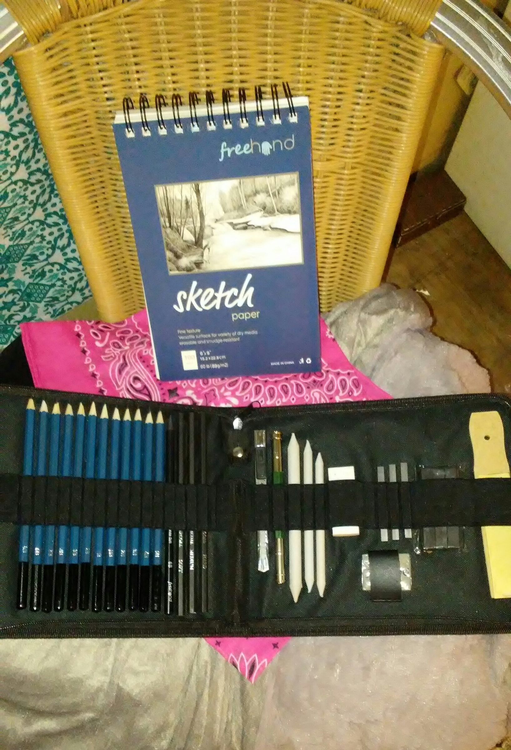 Very high quality drawing/sketch set love it