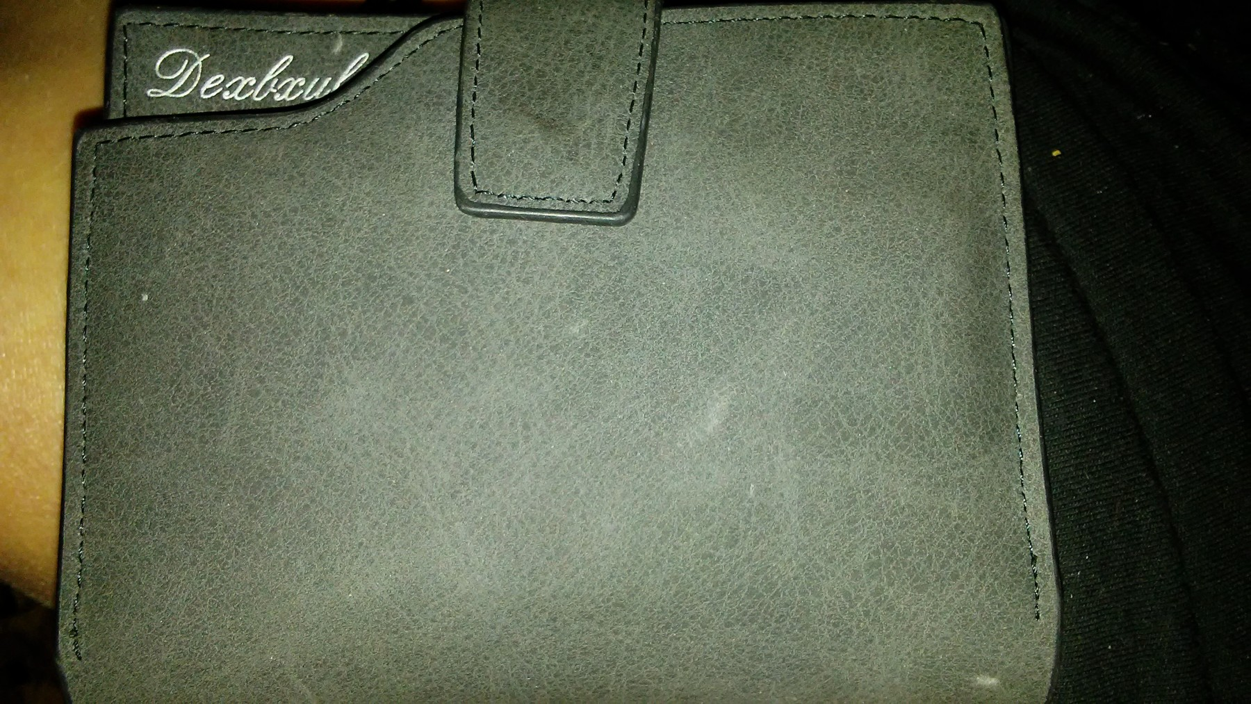 Very nice wallet with alot of room