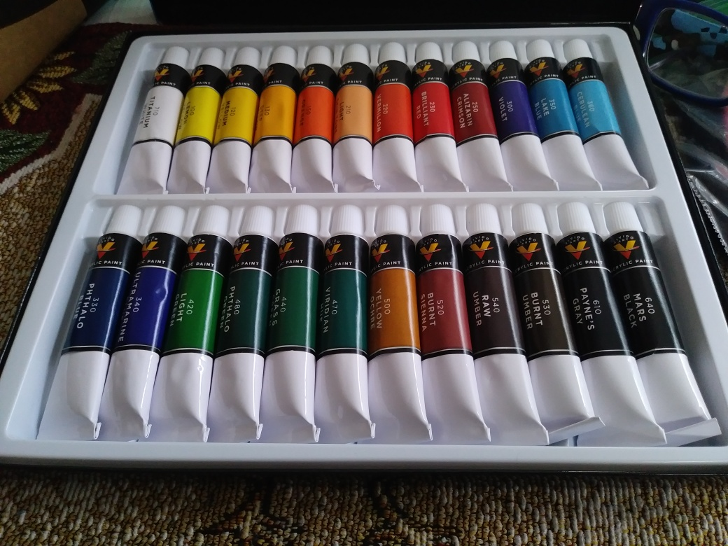 Beautiful acrylic paint set of 24 colors