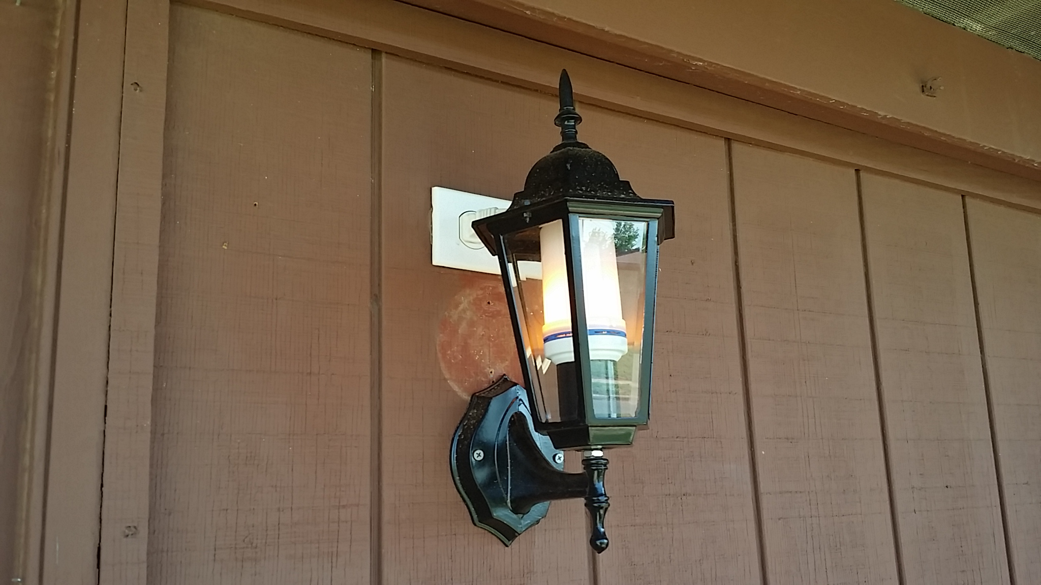 Unique and attractive indoor or outdoor lighting