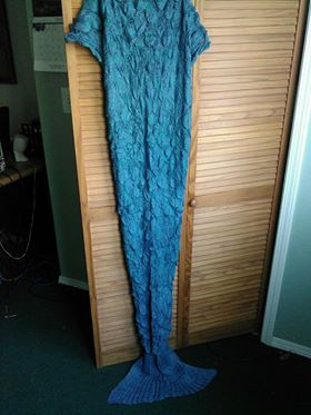 Wonderful, soft and comfortable mermaid tail blanket
