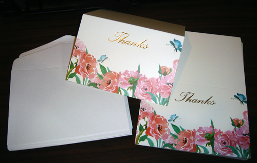 Six beautiful designs in this thank you note package, comes with white envelopes.