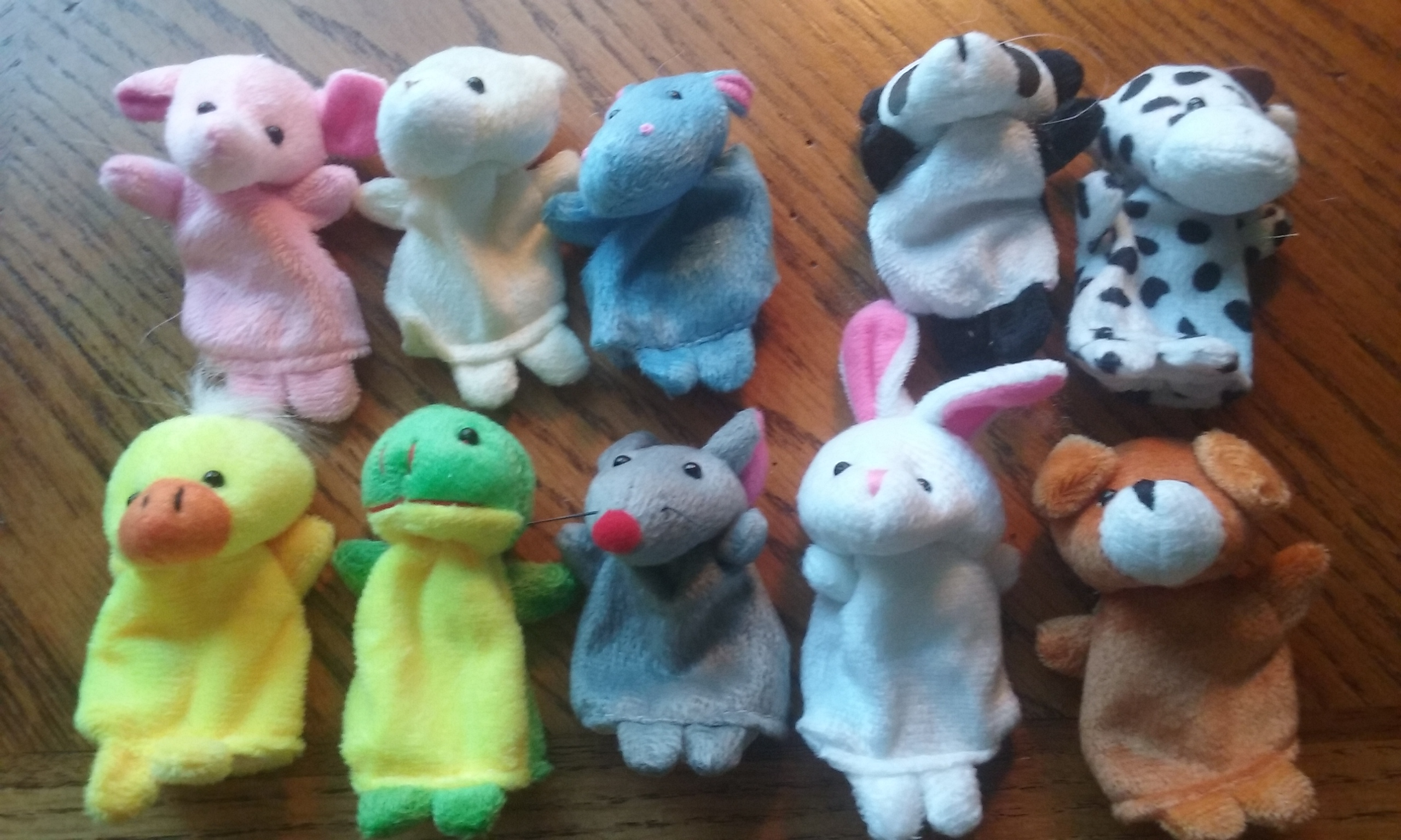 10 SOFT ANIMAL FINGER TOYS