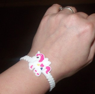 These Unicorn Bracelets are super cool!